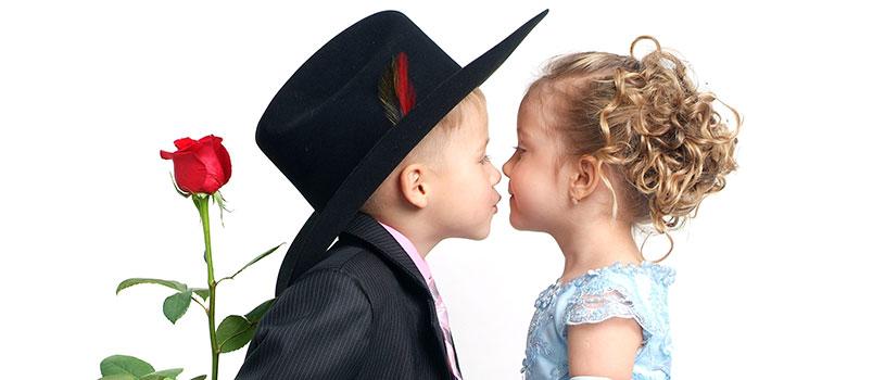 ילד וילדה, חתן, כלה, פרח, אהבה