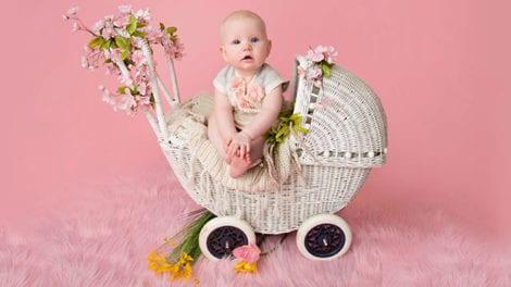 תינוקת יפה, עגלה מעוצבת, רטרו שיק